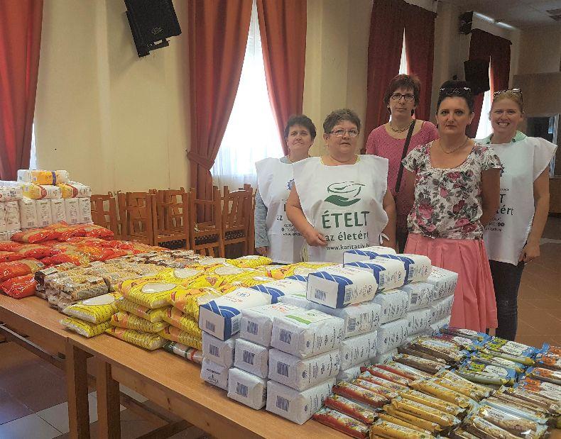 Ételt az Életért Alapítvány ételosztása