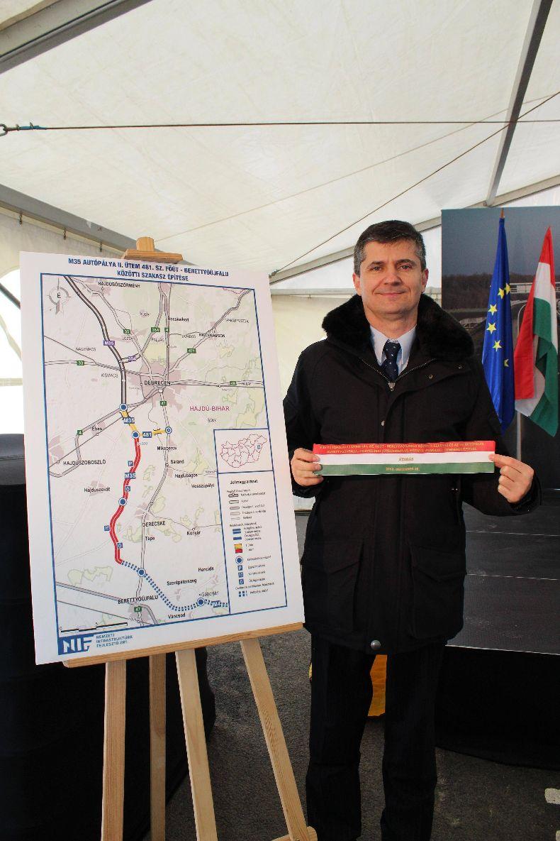 Karácsonyra új autópálya szakaszt kapott a térség